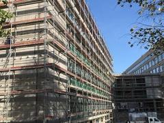 Pécs-POTE-új-oktatási-tömb-állványozás