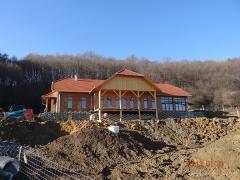 Bükkösd-Ökopark-étterem-tető-készítés-2-