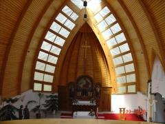 Kozármisleny -Templom Belső burkolás